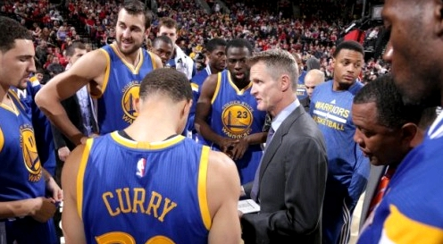 The Warriors with Head Coach Steve Kerr | image credit: Sam Forencich/NBAE