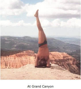 bks-iyengar-grand-canyon-sirsasana
