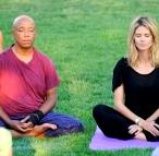 heidi-klum-russell-simmons-yoga
