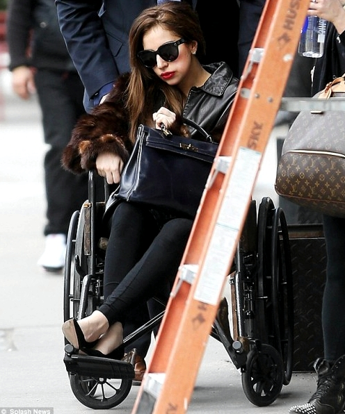lady-gaga-yoga-wheelchair