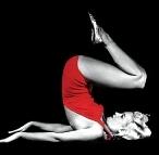 Marilyn_Monroe-yoga-sarvangasana2