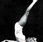 Marilyn_Monroe-yoga-sarvangasana