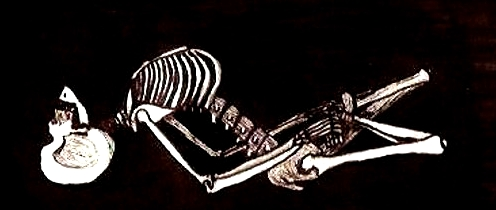 skeleton-yoga-matyasana