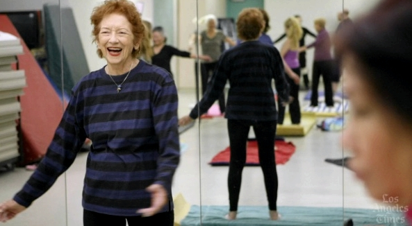fran-miller-91-year-old-yoga-teacher