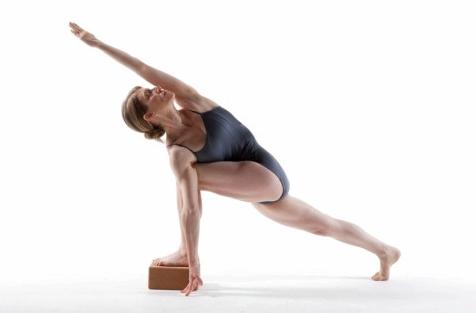 Jill Miller YogaDork